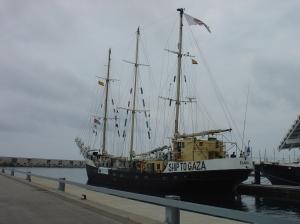 El vaixell Estelle anclat al Port de Barcelona